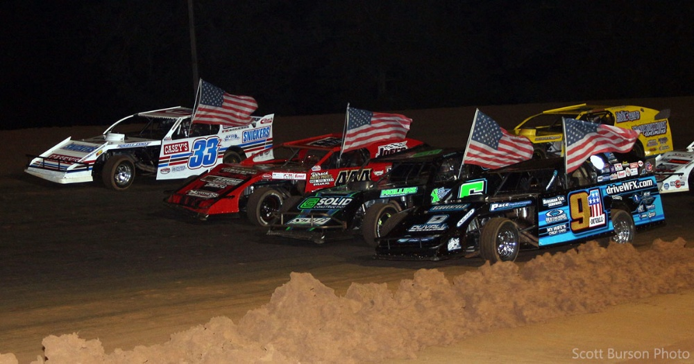 Sanders buries USMTS foes at Boothill