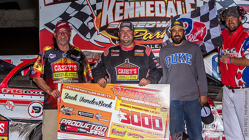 VanderBeek breaks through with Summit Showdown victory at Kennedale