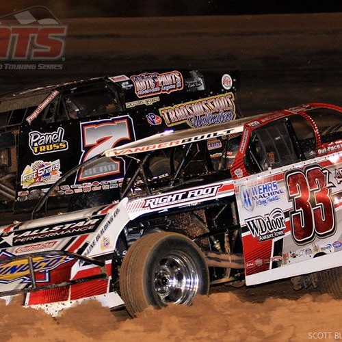 USMTS action at the Ark-La-Tex Speedway in Vivian, La., on Saturday, March 4, 2017.